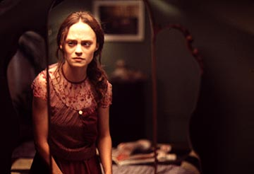 "Angela Bettis plays the title character in ""May"" (2002) - image source: The Nightmare Network"